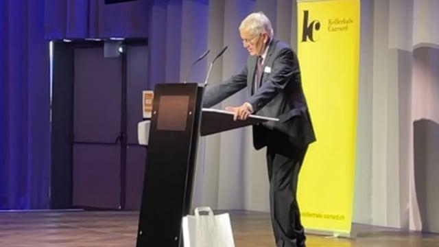 Preisträger Kaspar Villiger hielt eine engagierte Rede für die Freiheit (Bild: fi.)