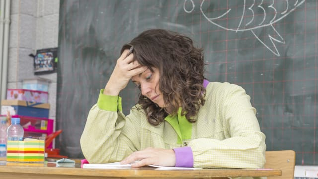 Überforderte Lehrer? Der Druck auf sie ist gross – aber sie könnte sich vielleicht auch mehr wehren... Foto: Shutterstock