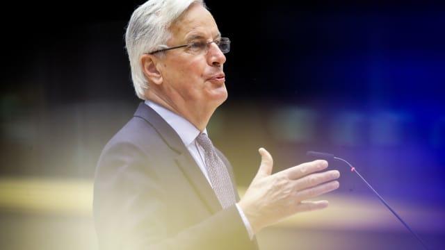 Michel Barnier möchte Prässident werden, und wechselt deshalb seine Haltung zu EU-Recht bei Immigrationsfragen. (Bild: keystone-sda, OLIVIER HOSLET / POOL)