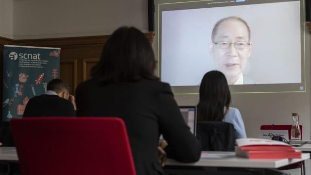 Der IPCC-Vorsitzende Hoesung Lee stellt den sechsten Sachzustandsbericht vor. Bild: Keystone