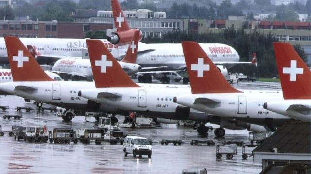 Vor zwanzig Jahren: Die Swissair stellt ihren Betrieb ein. Kein Flugzeug bleibt in der Luft. In Kloten bricht das Chaos aus.