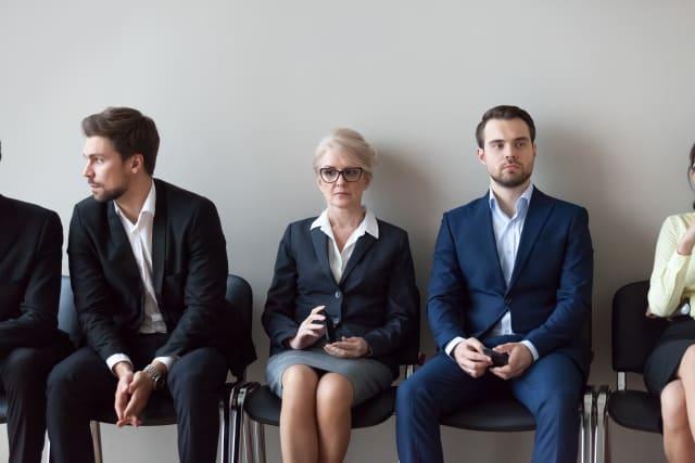 Firmen sollten auch ältere Bewerber zum Vorstellungsgespräch einladen, findet Kurt Hochstrasser.