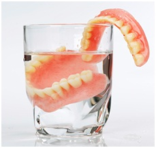 Dentures vs Dental Implants?