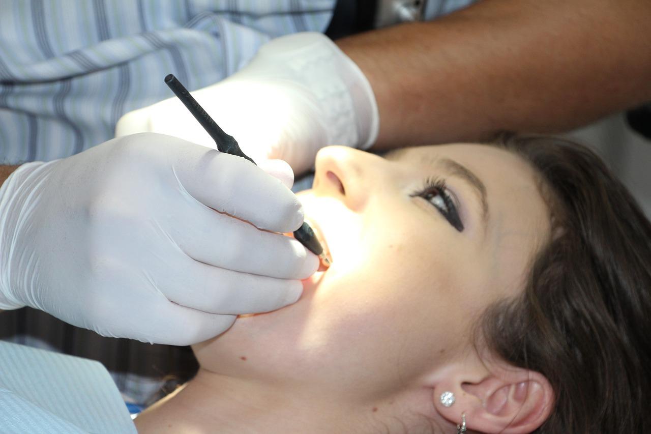 pregnancy teeth cleaning