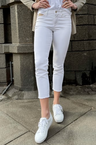 Piper Short White