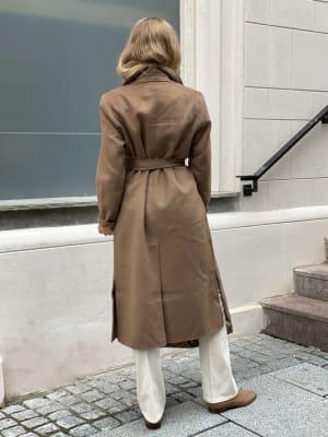 Owa 1 Coat