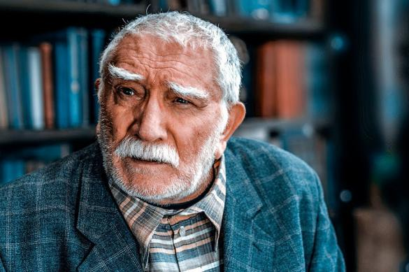 Друг Армена Джигарханяна рассказал о госпитализации актера