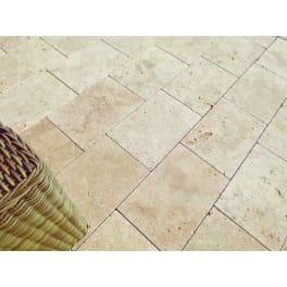 Seltra Kalkstein Terrassenplatten IREMIA CREMATOS -antik-, 24,7x24,7x3cm gelb-beige
