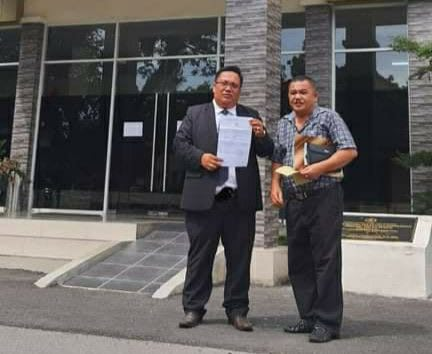 Yusuf Siagian didampingi kuasa hukumnya, Kamis, 9 Juli 2020. Foto Dekrit