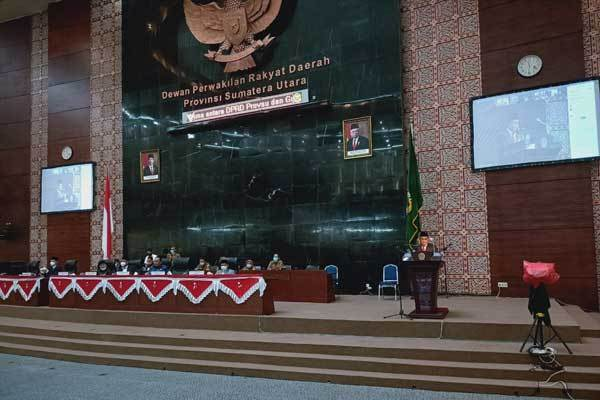 Rapat paripurna DPRD Sumut. Foto : Ist