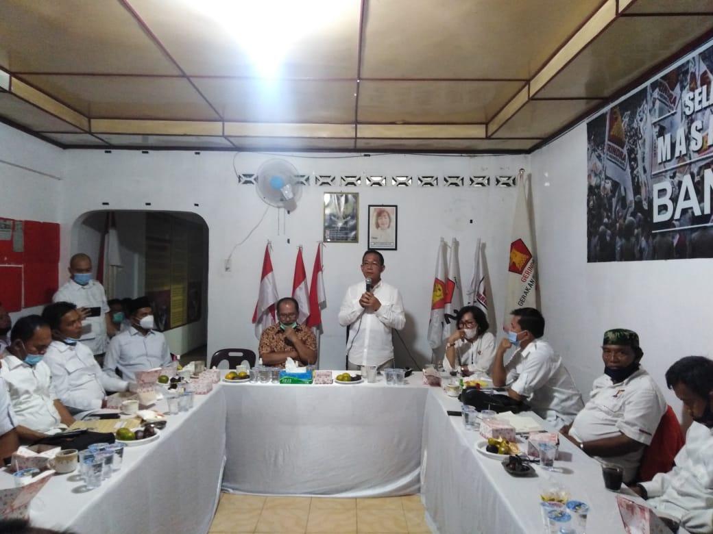 Ketua DPD Partai Gerindra Sumut Gus Irawan Pasaribu memberikan arahan di hadapan pengurus DPC Partai Gerindra Kota Siantar dan Simalungun yang dihadiri Cawalkota Siantar Asner Silalahi .