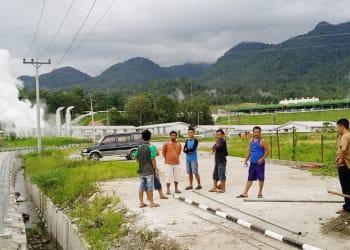 Pasang tiang portal, 3 warga Pahae tersengat listrik, 1 tewas