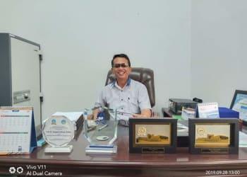 Rektor UHKBPNP Prof. Dr. Sanggam Siahaan M. Hum