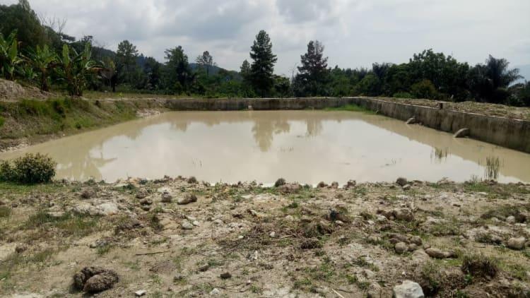 Embung air di Desa Parmonangan setelah diperbaiki Marhuale Simbolon