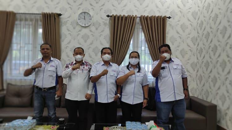 Sejumlah pengurus SMSI Siantar-Simalungun saat audensi dengan Ketua DPRD Siantar Timbul Marganada Lingga, Senin, 14 Juni 2021