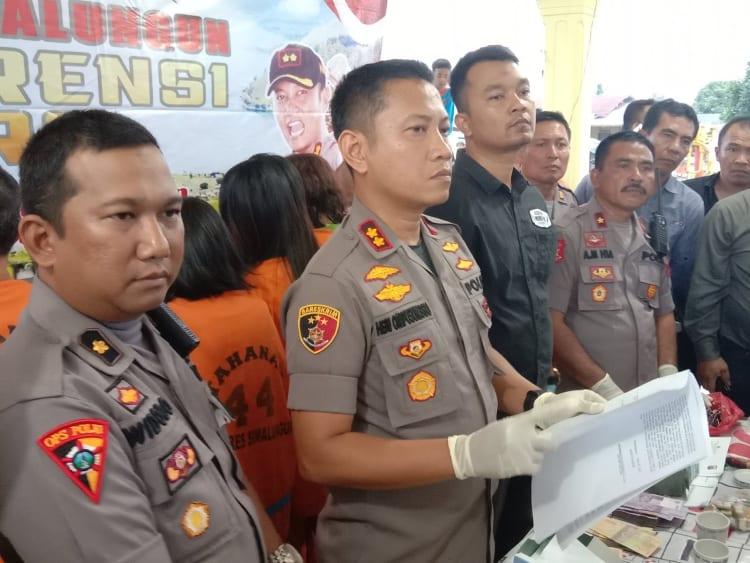 AKBP Heribertus Ompusunggu saat jumpa pers, Selasa (11/2/2020).