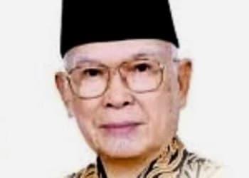 Pdt.Dr.SAE Nababan.