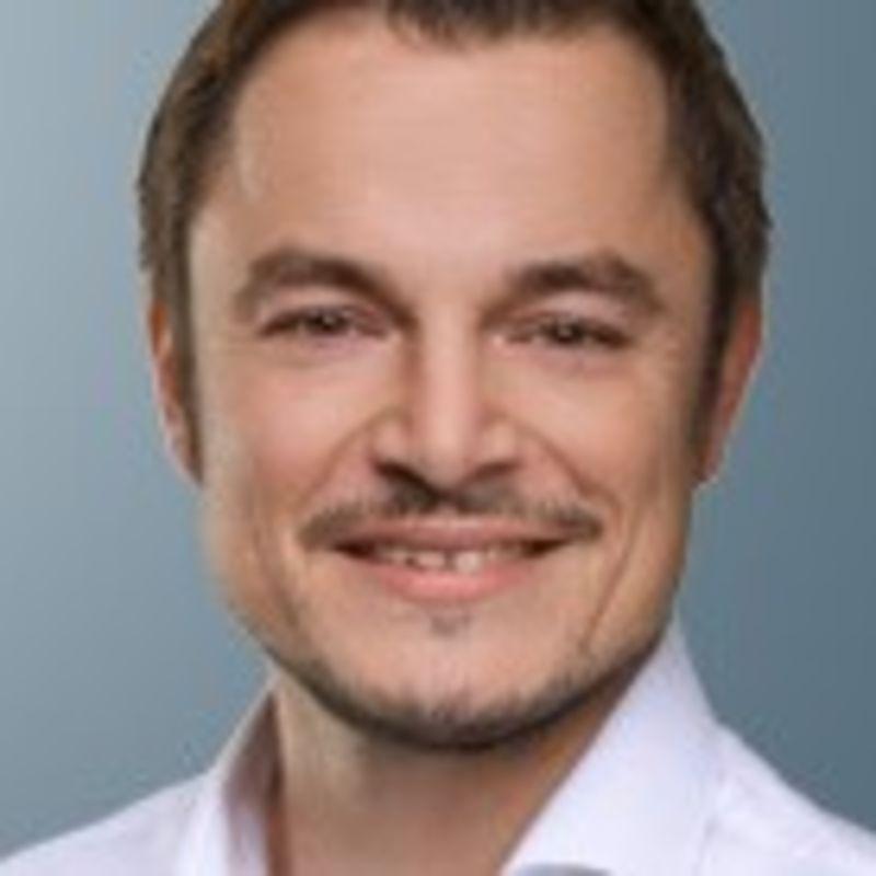 Sebastian H. Schneider