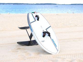 Das Wingboard Naish Hover im Test