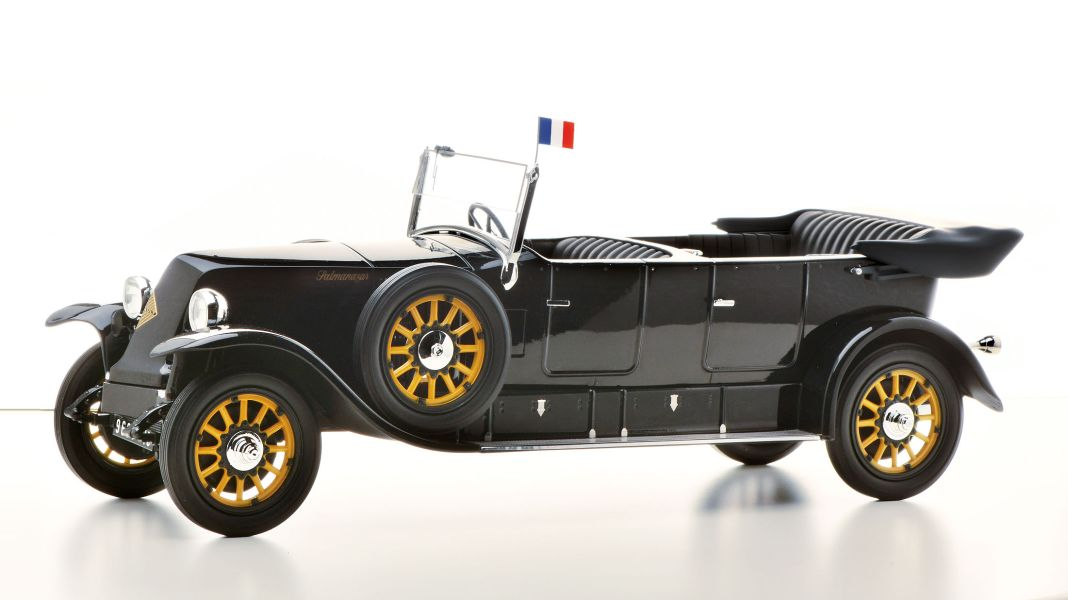 Präsidentiell: '24 Renault 40 CV von Pantheon in 1:18