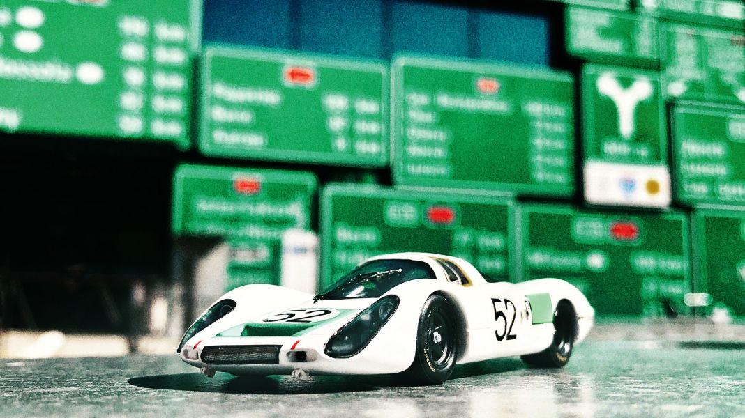 Rechtsgesteuert: '68 Porsche 907 LH Daytona von Spark in 1:43