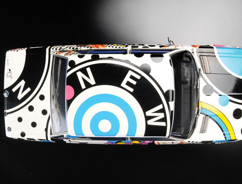 Von oben: BMW 2500 Wundercar von Minichamps in 1:18