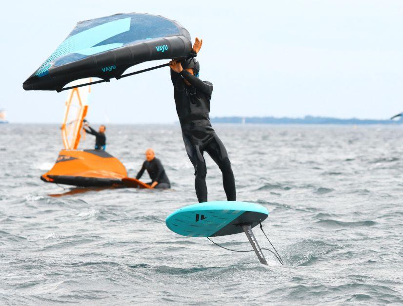 In der Team Edition fällt das Wingboard sehr leicht aus