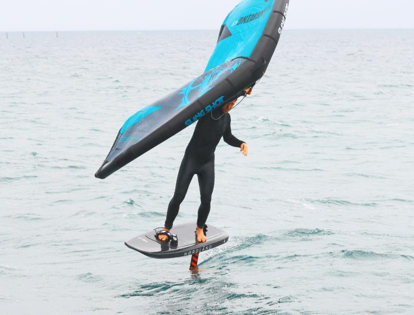 Das Nørdland gehört zu den eher kompakten Wingboards auf dem Markt