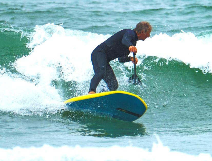 Beim SUPen in der Welle ist das JP Foil Slate in seinem Element, erfordert aber auch Übung