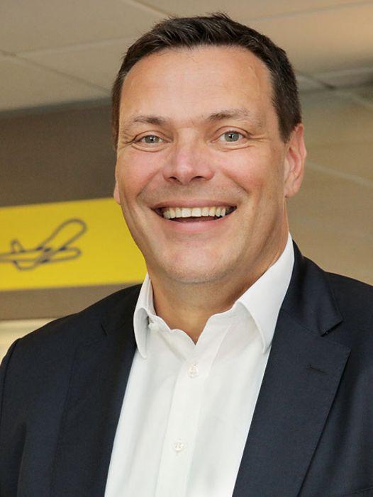 Interview mit Stefan Krings zum Stand bei Carrera und Revell