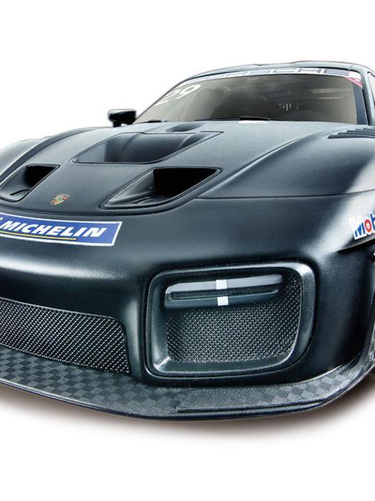 Triumphfahrt: '19 Porsche 935 von Minichamps in 1:18