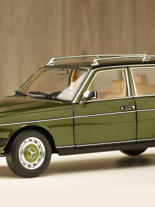 Der Millionseller: Mercedes-Benz W123 T-Modell von Norev in 1:18