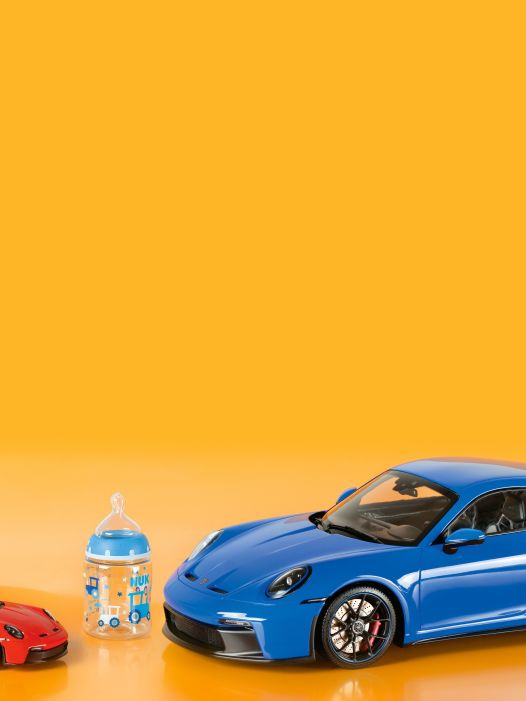 Sauger, Baby! '21 Porsche 911 GT3 von Minichamps in 1:43 & 1:18