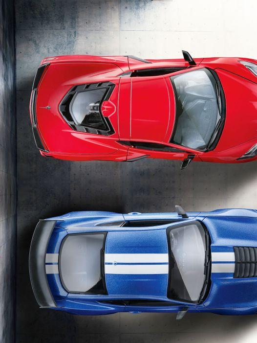 High Noon! Mustang GT500 und Stingray Vette von Maisto in 1:18