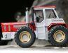 Der Schlüter 5000 ist auch in 1:32 ein echter Riese. Das Vorbild war bei seinem Debüt der stärkste Traktor, den es in Europa gab.