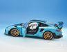 Mit dem Porsche 911 (992) GT2 RS liefert Autoart noch in diesem Jahr in 1:18 eine sehr gelungene Miamiblaupause zum heißesten Elfer