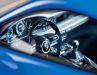 Der 1:18er in Sharkblue zeigt trotz geschlossener Resinekarosserie erstaunlich feine Details des aktuellen GT3