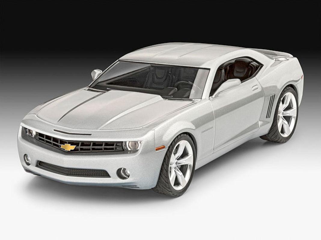 """Revell erinnert mit diesem 1:25-Bausatz an die erste Studie des """"neuen"""" Chevrolet Camaro von 2006"""