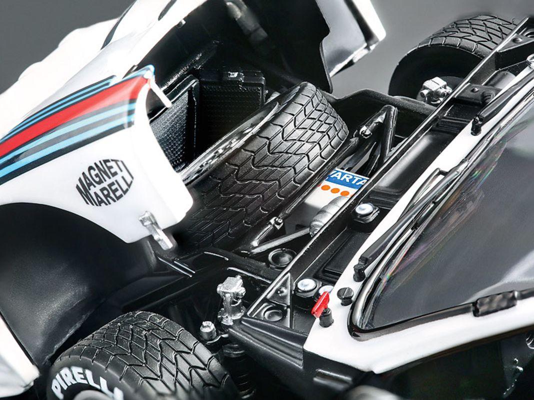 '83 Lancia Rally 037 von Kyosho in 1:18