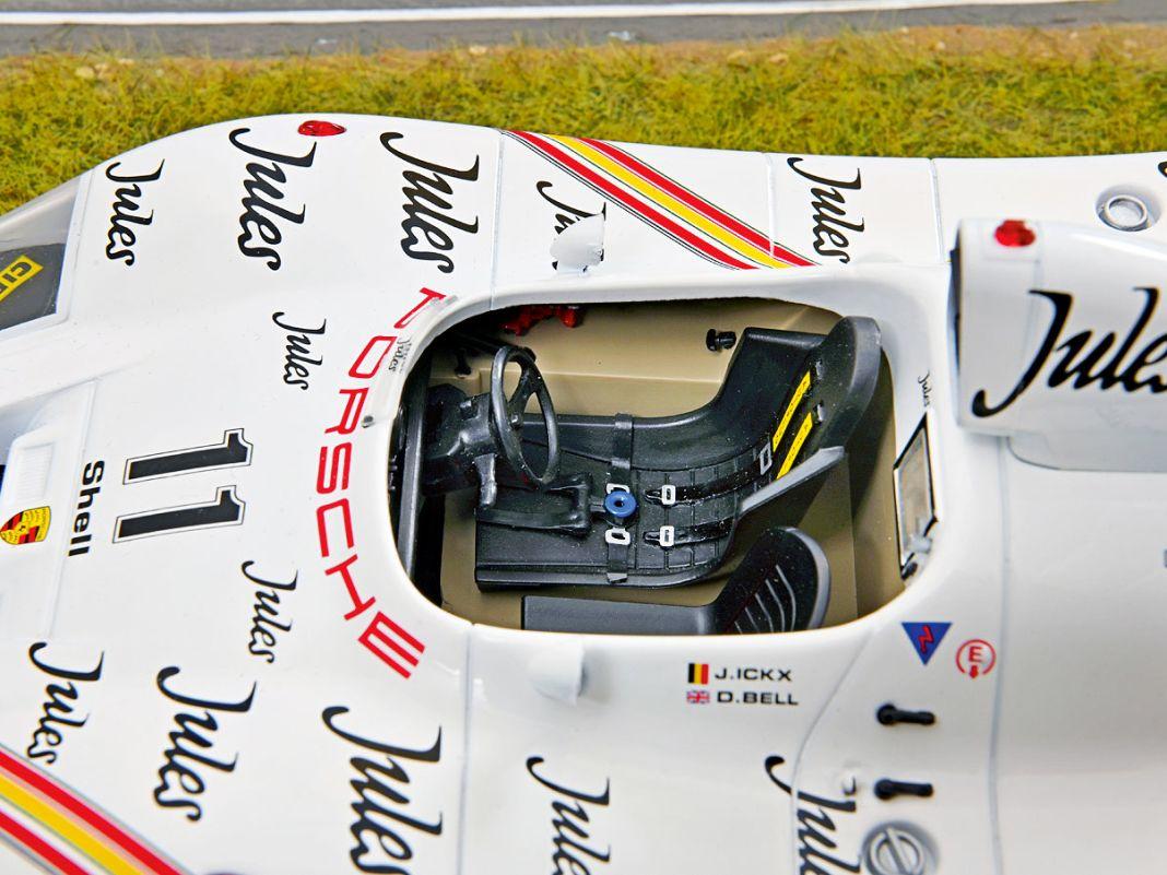 """Der 936 """"Jules"""" gewann 1981 die 24 Stunden von Le Mans, der 956 """"Spirit of America"""" kam 1986 auf Platz drei; beide baut Solido in 1:18"""