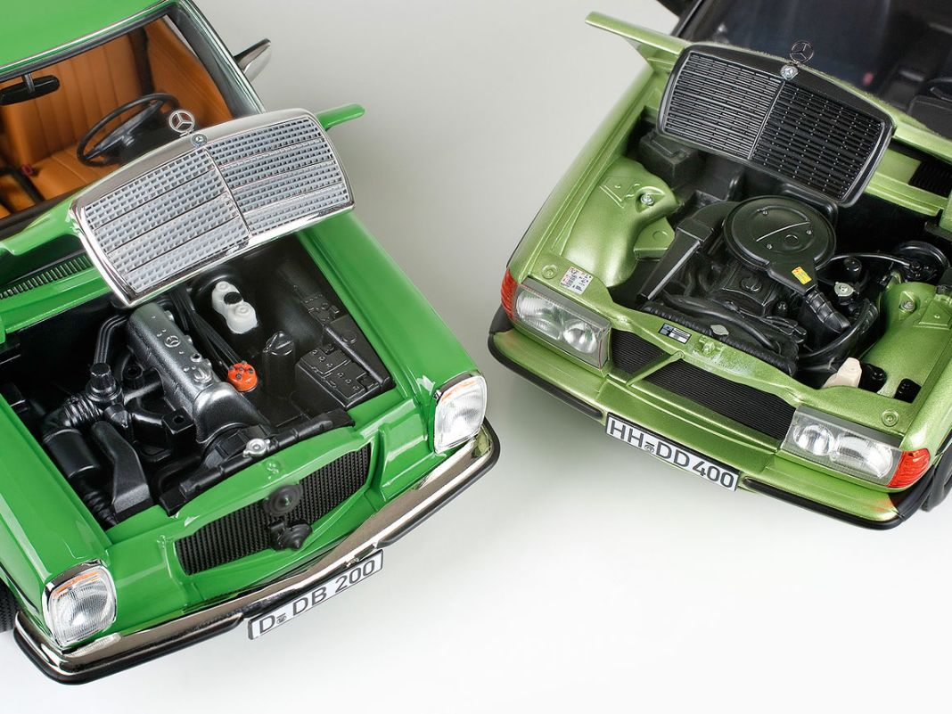 Beide 1:18er haben Bauern-Motoren, also Benzin-200er. Der Facelift-/ 8 besitzt überarbeitete Außenspiegel und neue Türinnenteile.