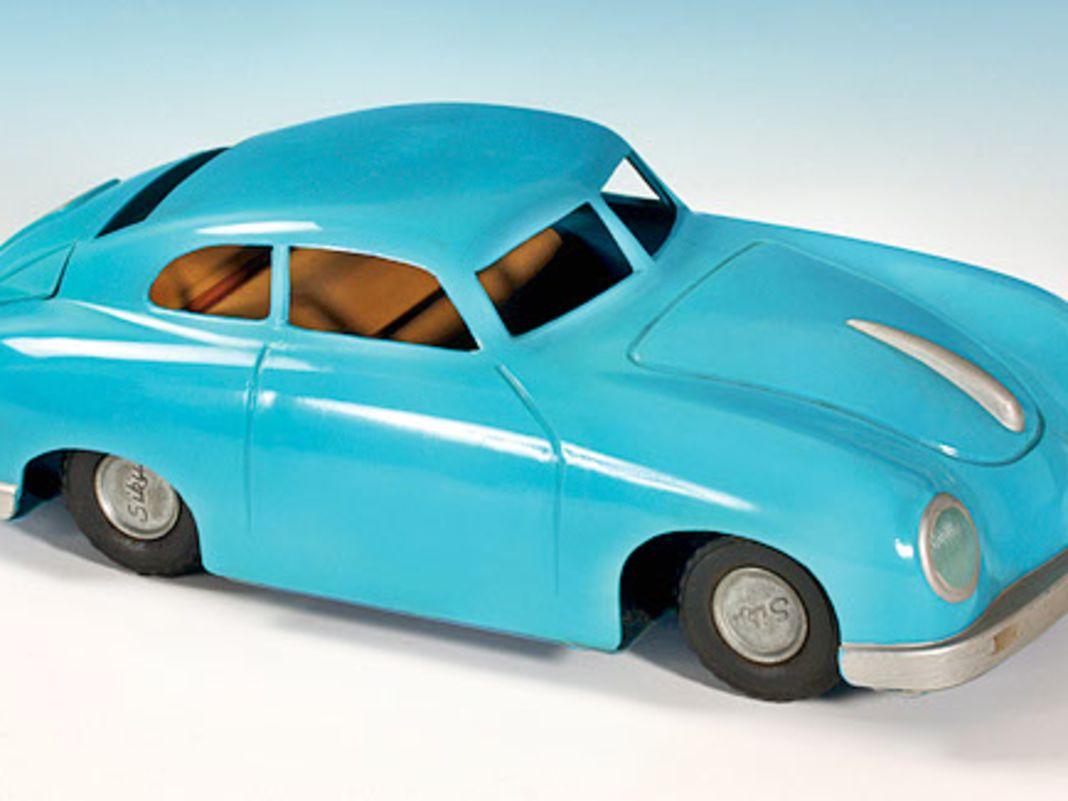 Porsche 356er aus Kunststoff