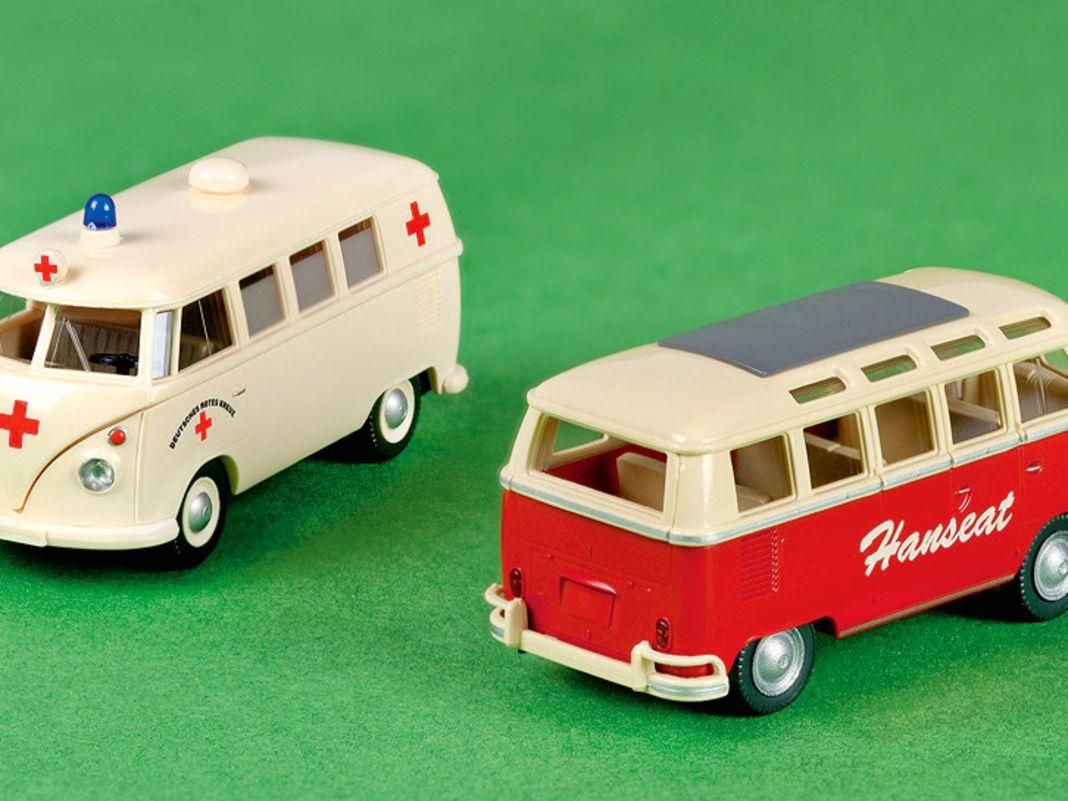 """VW Bulli DRK und Bulli Samba Bus """"Hanseat"""""""