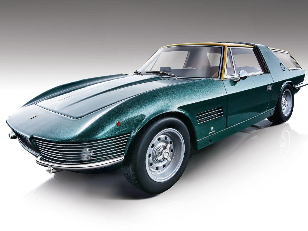 Individueller geht es kaum: Der Shooting Brake des Ferrari 330 GT 2+2 hat eine un- gewöhnliche Geschichte und kommt in 1:18