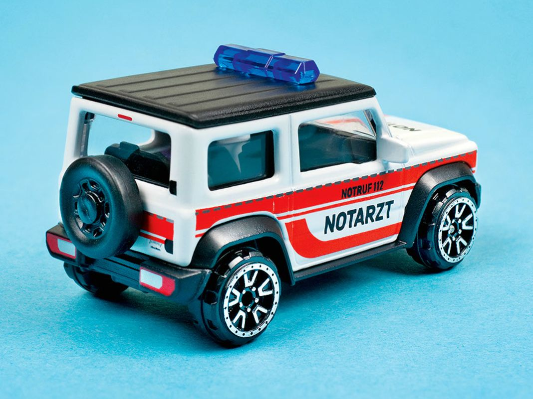 """Suzuki Jimny """"Notarzt"""" von Majorette in 1:64"""