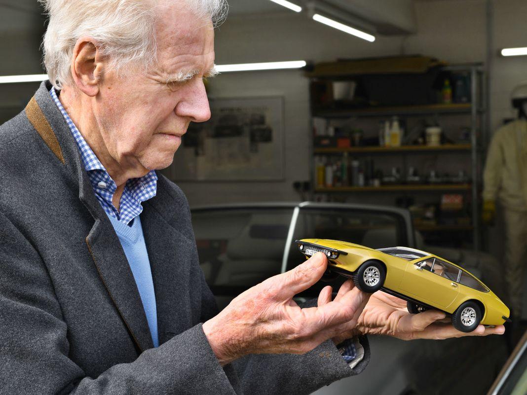 """""""Wenn du so etwas machen willst, einen eigenen Gran Turismo in 1:1 bauen, dann brauchst du ein paar verrückte Autokerle"""""""