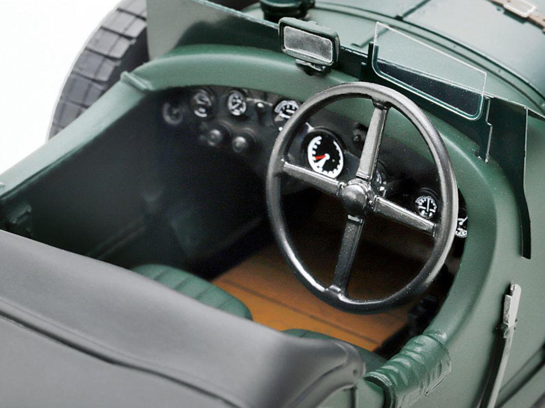 '30 Bentley Speed Six von Spark Model in 1:18