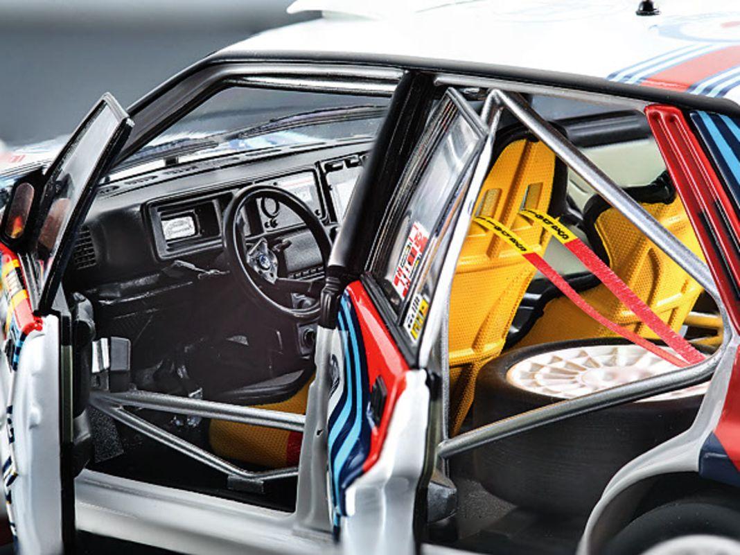 Lancia Delta von Kyosho in 1:18