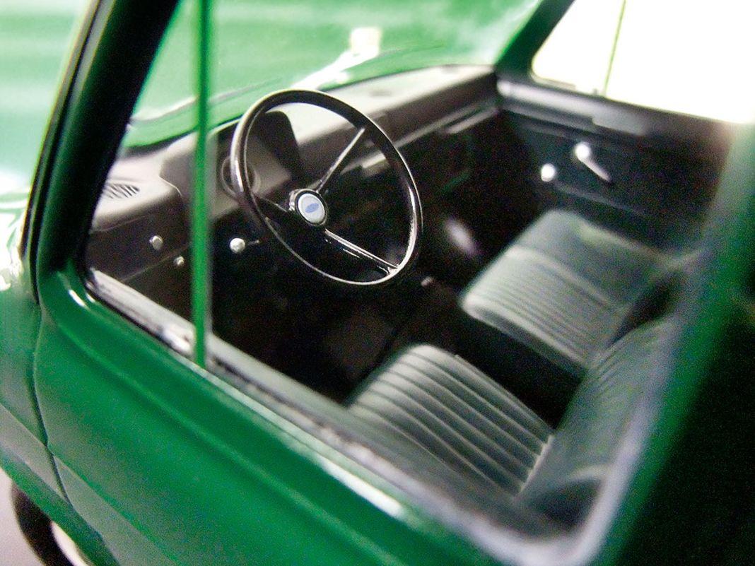 1965 Ford Transit von KK Scale in 1:18