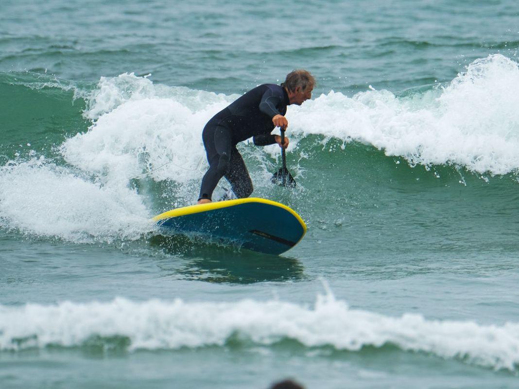 Boards mit 120 Litern wirken zum Wingen eher groß, sind zum SUPen in der Welle aber schon sehr anspruchsvoll